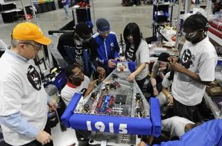 March_-_first_robotics-e1457716578362.jpg